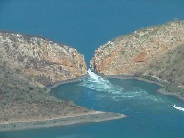 מפלים אופקיים באוסטרליה