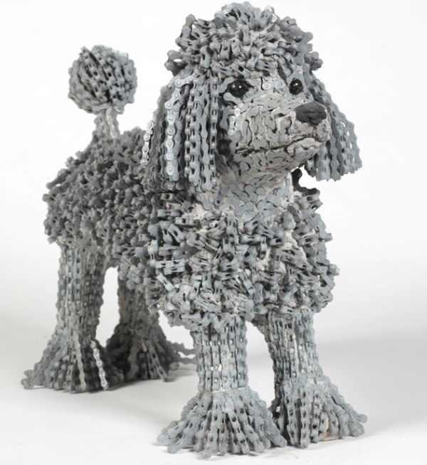 פסלי כלבים של נירית לבב