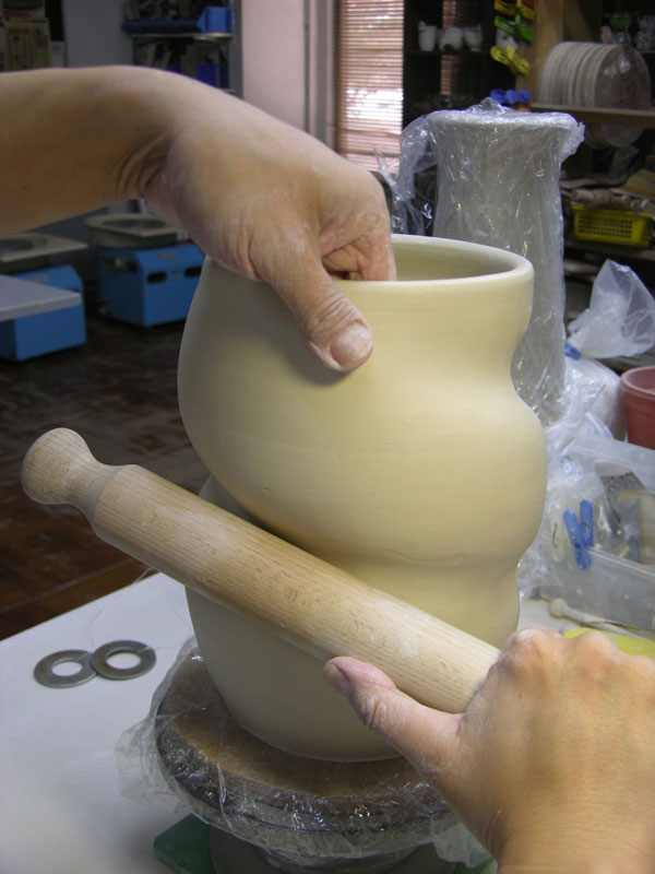 יצירת פורצלן מדהימה בעבודת יד