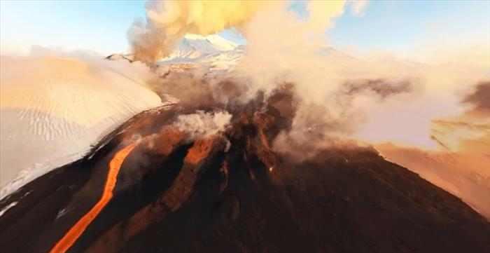 4 הרי געש מתפרצים במקביל