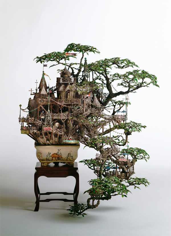 מגדלים ומבוכים - אמנות מיניאטורית מדהימה!