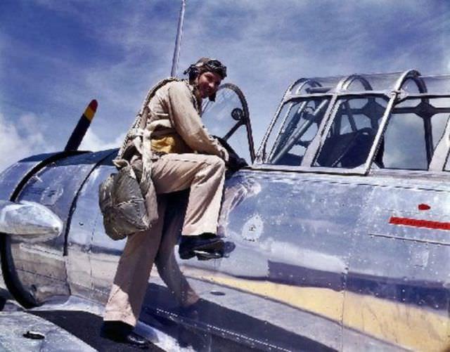 תמונות בצבע ממלחמת העולם השנייה