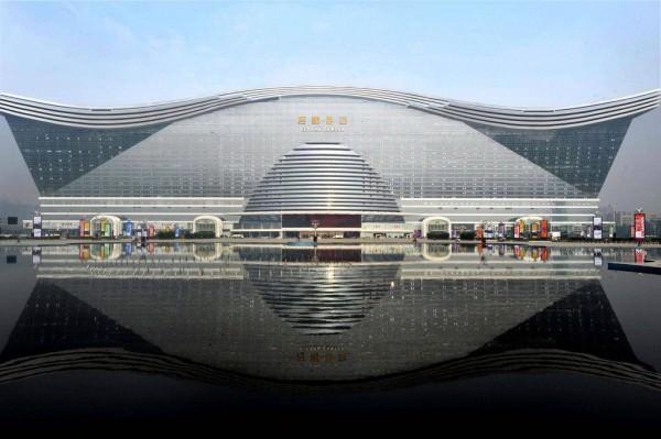 בניין הגדול ביותר בעולם