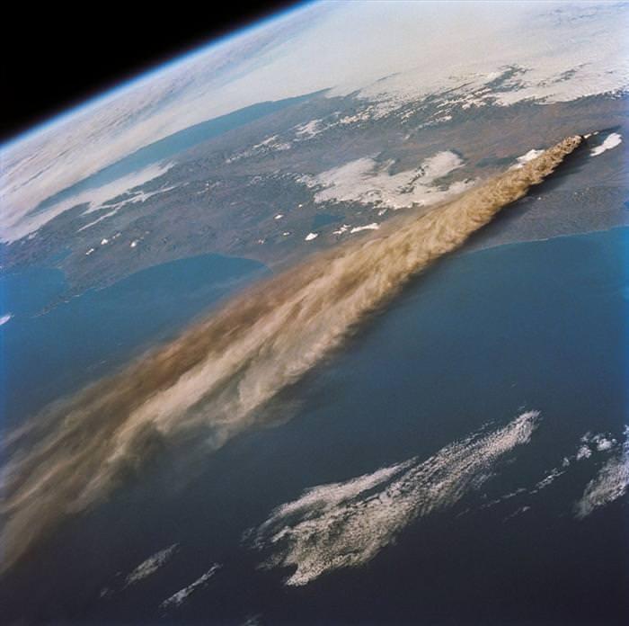 הרי געש מהחלל