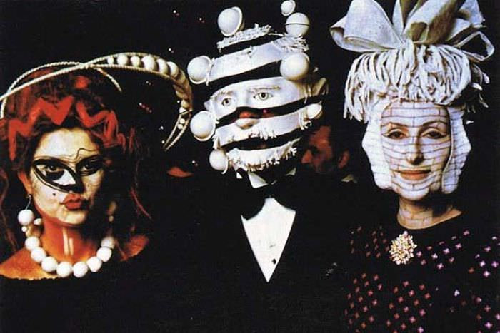 החברה הגבוהה בפריז - שנות ה-70