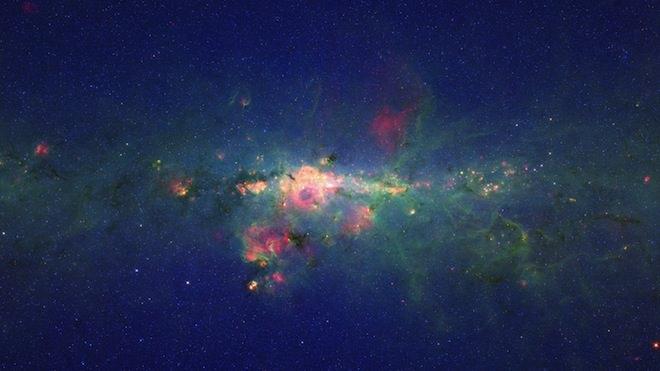 תמונות מדהימות מטלסקופ החלל שפיצר