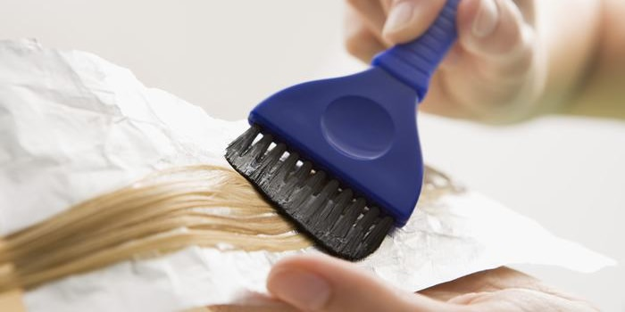 לצבוע שיער בבית