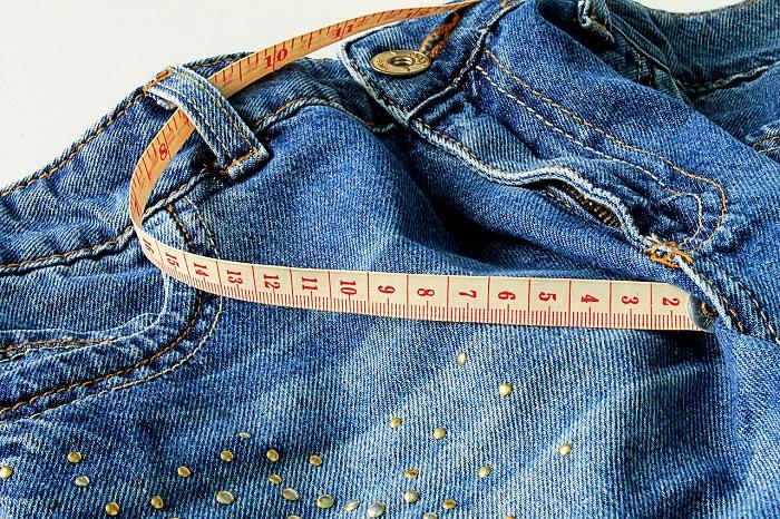 ירידה במשקל אחרי גיל 40: ג'ינס עם סרט מידה