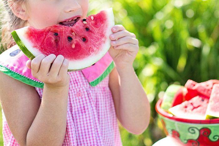 מזונות לא בריאים לילדים