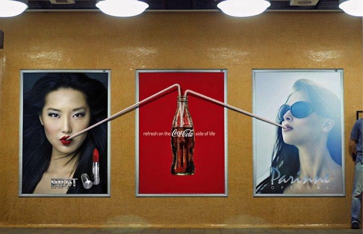 קשי שתייה שיוצאים משלט פרסומת לשניים שלצידו
