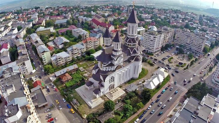 עיירות קטנות ברומניה: סוצ'אבה ממעל