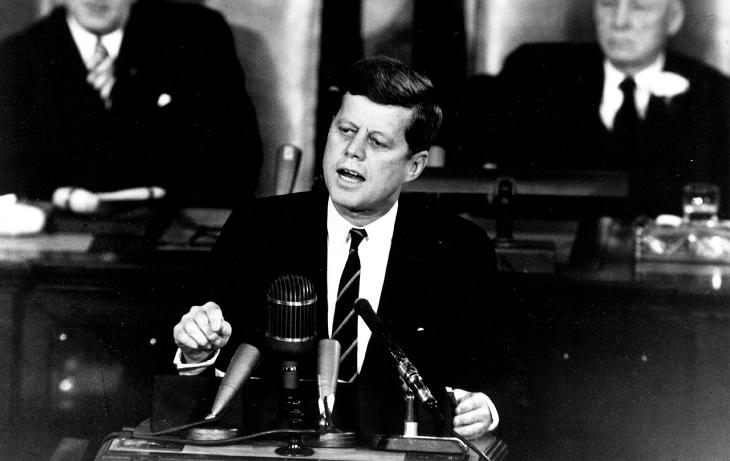 ג'ון קנדי בנאום