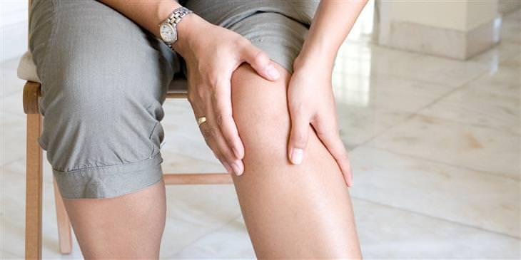 נקודות לחיצה לטיפול בכאבי ברכיים: נקודת אף העגל