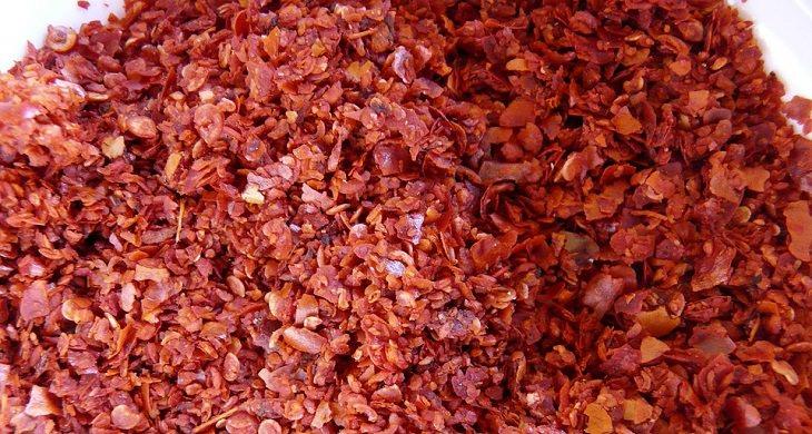 יתרונות פלפלי קאיין: אבקת פלפלי קאיין