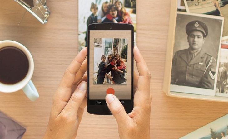 גיבוי תמונות ישנות: צילום תמונות ישנות בעזרת הסמרטפון