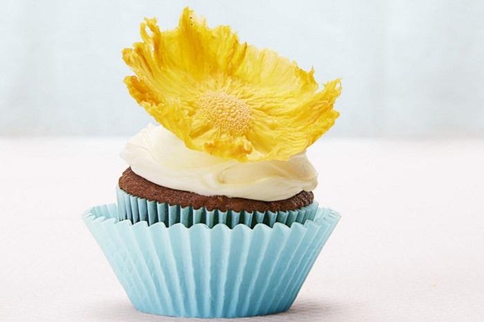 מתכונים בצורת פרחים: קישוט אננס
