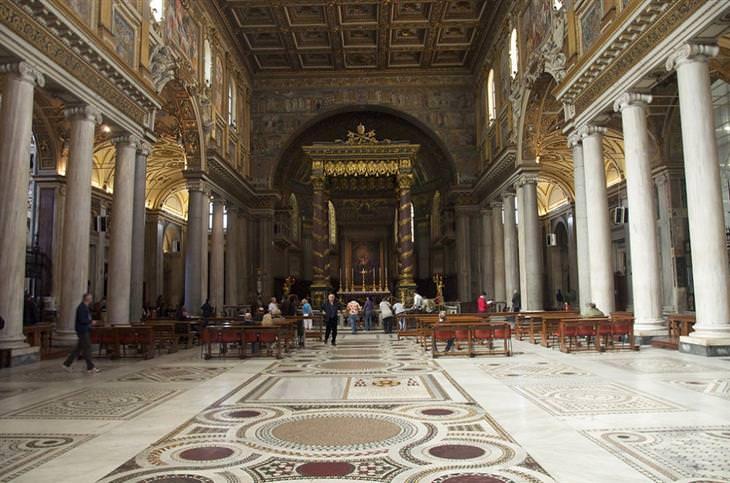 אטרקציות ברומא: בזיליקת סנטה מריה מג'ורה - מבט מבפנים