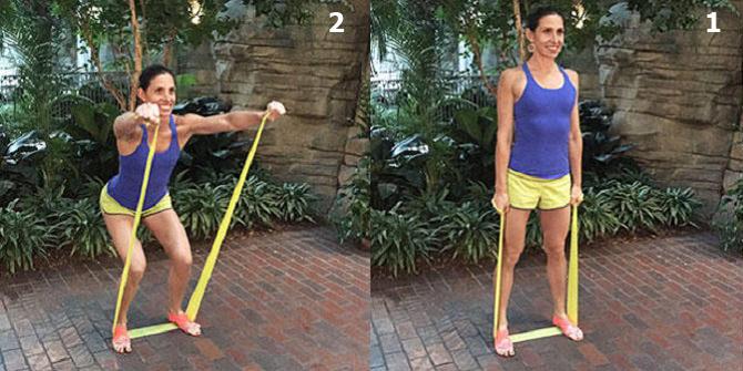 חיטוב זרועות בעזרת רצועת התנגדות: ביצוע תרגיל כתף קדמי משולב עם סקוואט
