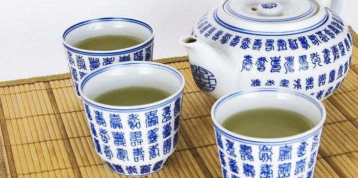 מאכלים למניעת שבץ מוחי: תה ירוק