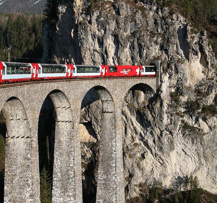 אתרי מורשת עולמית באיטליה - הרכבת הרטית