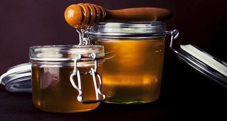 טיפים למזון בריא וטעים יותר: צנצנות דבש