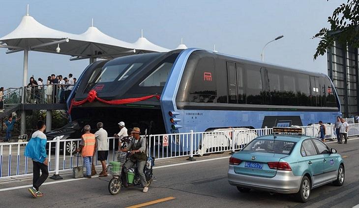 האוטובוס המהפכני בכבישי סין