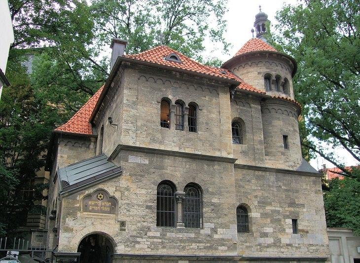 מסלול טיול בפראג: בית הכנסת העתיק ברובע היהודי