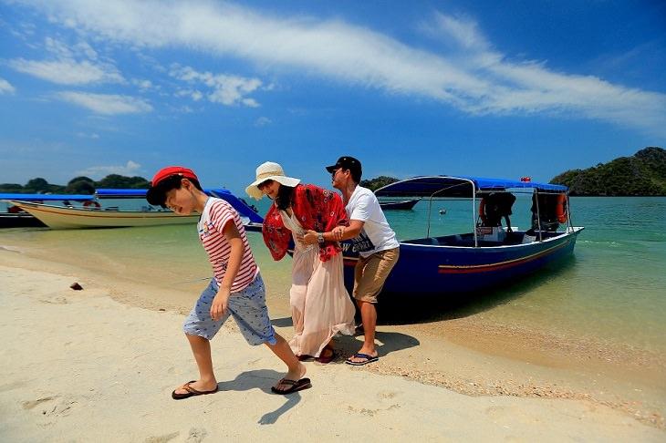 6 יעדים לטיולים עם ילדים
