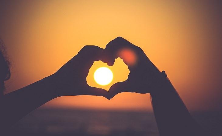 סיבות מדעיות למה חשוב שנאהב את עצמנו