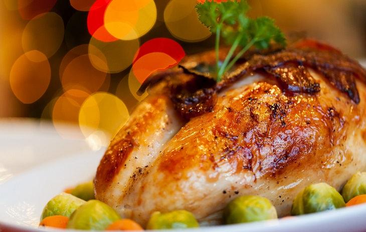 10 מזונות מפתיעים שנלחמים בחרדה: נתח בשר עוף הודו