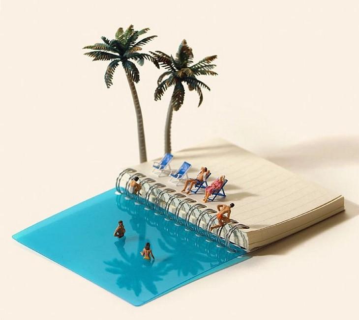 אנשים שוחים במחברת