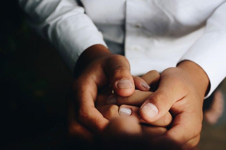 מלנומה של הציפורן: ערבוביה של ידיים