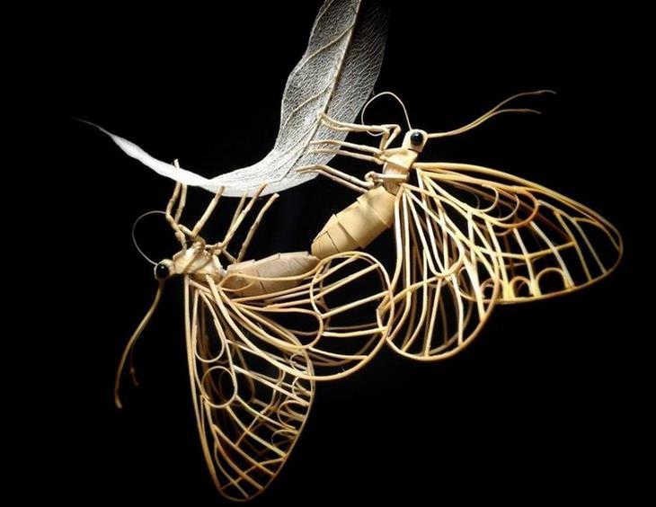 פסלים קטנים ונפלאים של חרקים מבמבוק