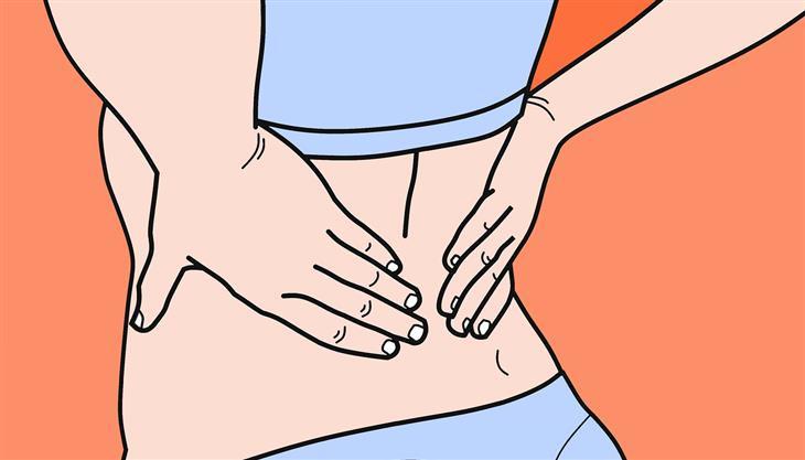 כל מה שצריך לדעת על פריצת דיסק: איור של אישה שמחזיקה את הגב התחתון שלה עם ידיה