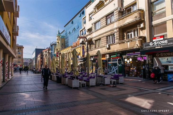 אתרים מומלצים בסרביה: רחוב במרכז העיר ניס
