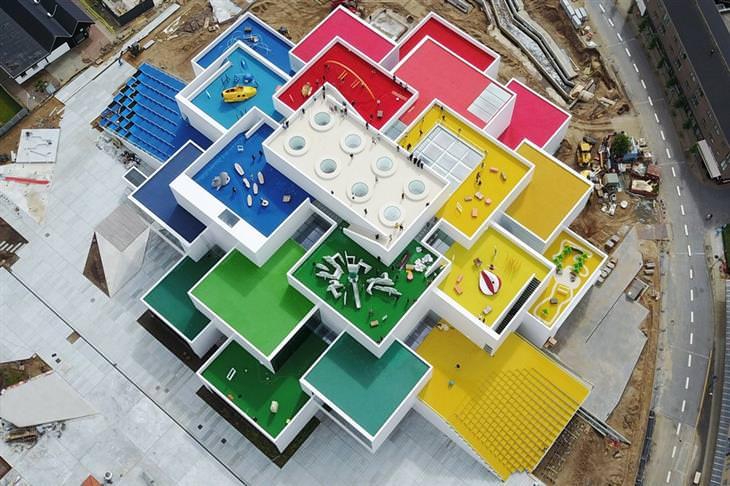 מבנים חדשניים של שנת 2017: בית הלגו