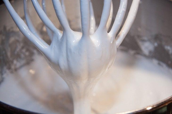 טיפים למטבח: חלבונים מוקצפים