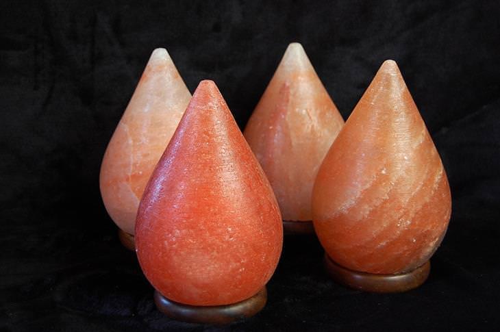 יונים חיוביים ושליליים והשפעתם על הגוף: מנורות מלח הימלאיה