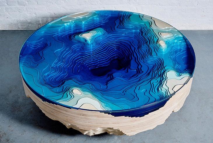 שולחן מעמקי הים