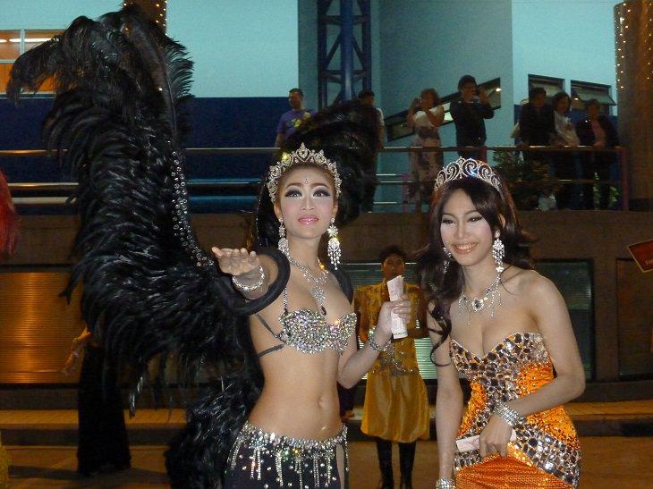 בחורות תאילנדיות