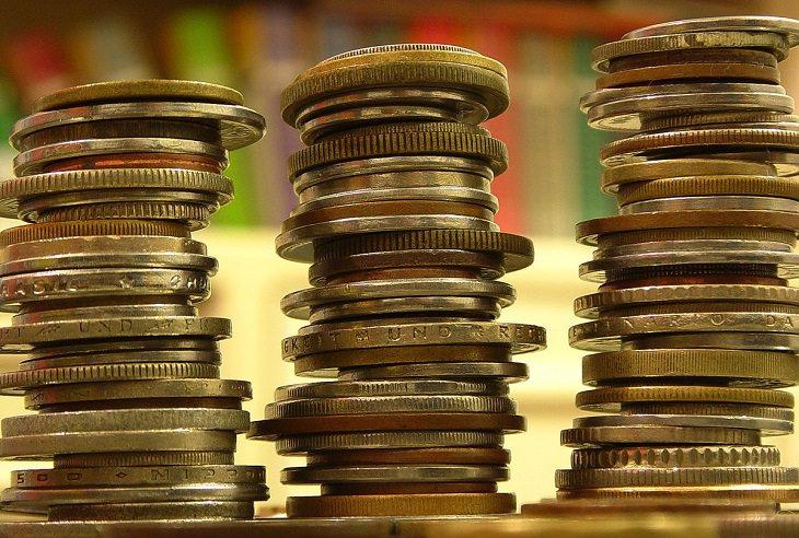 ערימות של מטבעות