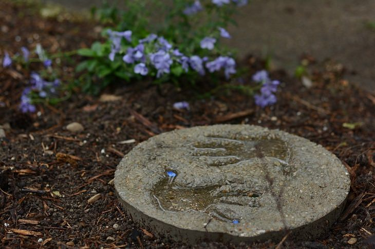 טביעות יד ביציקת בטון
