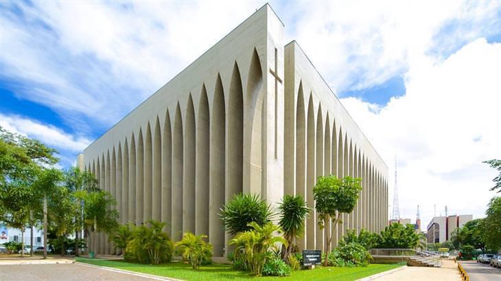 כנסיית דון בוסקו  מבחוץ