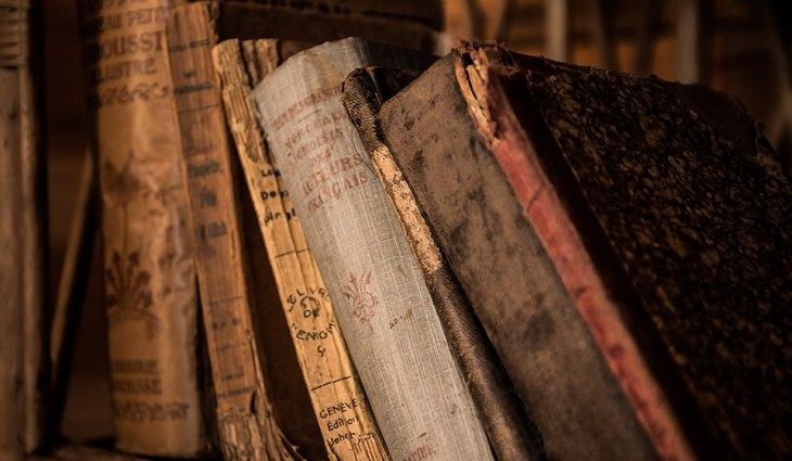 ספרים ישנים