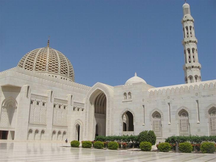 מסגד סולטן קאבוס הגדול, מסקט, עומאן