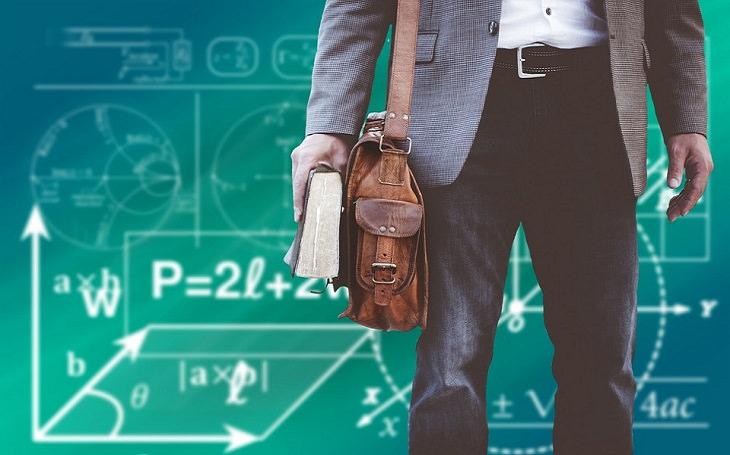 מורה על רקע נוסחאות במתמטיקה