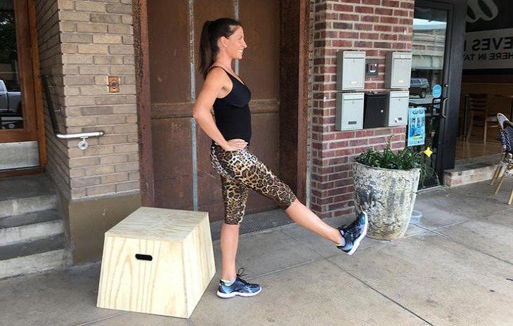 הדגמה של איזון על רגל אחת