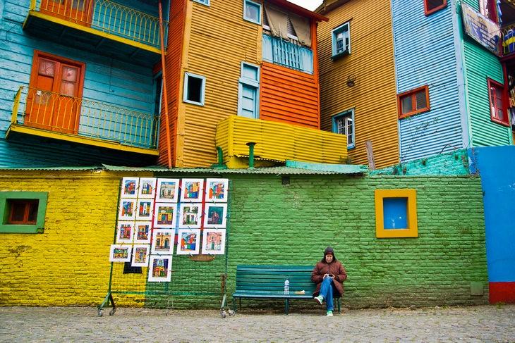 רחובות שכונת לה בוקה, בואנוס איירס, ארגנטינה