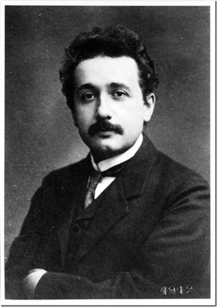 תמונות נדירות של אישים מההיסטוריה: אלברט איינשטיין הצעיר