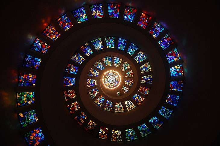 הויטראז'ים היפים בעולם: כנסיית ההודיה, דאלאס טקסס